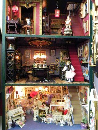 Dollhouse 215