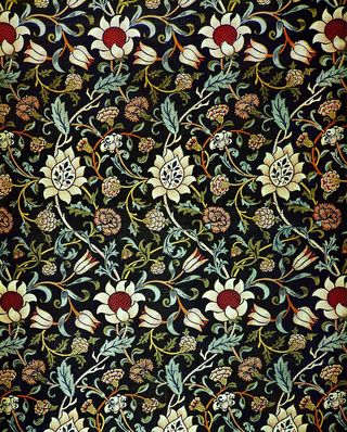 Floral-pattern-evenlode-chintz-ca-1883-design-by-william-morris